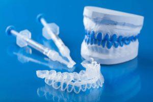 Cos'è lo sbiancamento professionale dei denti